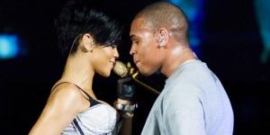 Rihanna & Chris Brown Akan Berkolaborasi ?
