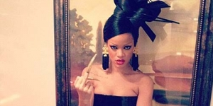 Rihanna Jadi Geisha Seksi di Video Klip Princess Of China Coldplay