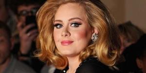 Rumah Adele Dilengkapi Jendela Anti Peluru