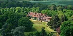 Rumah Mewah Adele