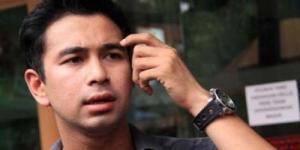 Saat Digerebek BNN, Raffi Ahmad Sedang Berpelukan dengan Wanita