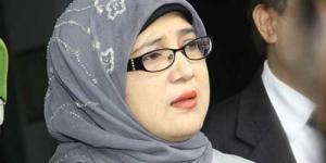 Setelah Rebut Suami Orang, Kini Ibu Shireen Sungkar Gugat Cerai Lagi ?