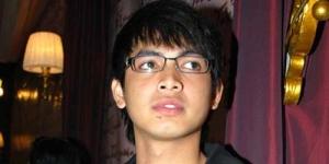 Umrah Ke-8, Tommy Kurniawan Dibilang Pengawas Ka'bah 'Haji Haram'!