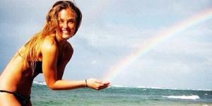 Ulang Tahun, Bar Refaeli Hadiahi Foto Bikini Cute ke Followernya