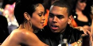 Ups! Rihanna dan Chris Brown 4jam Didalam Ruang Ganti Tertutup