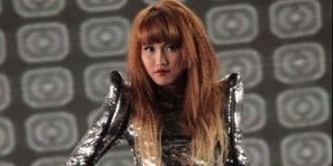 Video Klip Ayu Ting Ting 'Sik Asik' Plagiat 2NE1 'I Am The Best' ?