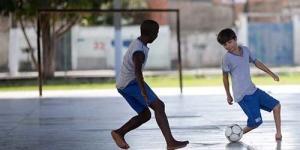 Gabriel Muniz Bocah Brasil Tanpa Telapak Kaki yang Jago Sepak Bola