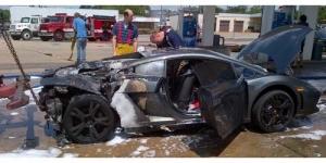 Mobil Lamborghini Gallardo Rp 5 Miliar Ini Meledak Saat Isi Bensin