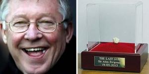 Permen Karet Bekas Sir Alex Ferguson Dijual Rp 6 Miliar