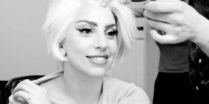 Tanpa Make Up, Lady Gaga Terlihat Aneh