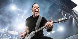 3 Gubernur PDIP Nonton Konser Metallica