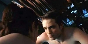 Robert Pattinson Gugup Saat Lakoni Adegan Seks
