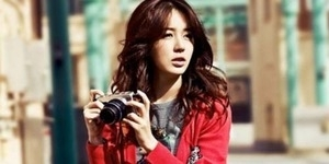 Yoon Eun Hye Pamer Kaki Seksi di Vogue