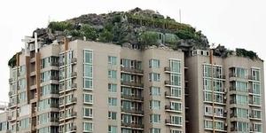 Ada Gunung Di Atas Atap Bangunan 26 Lantai di Beijing