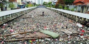 Buang Sampah Sembarangan di Jakarta, Ahok: Penjara dan Denda Rp 1 Juta