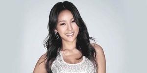 Foto Pernikahan Diva Seksi Korea Lee Hyori dan Sang Soon