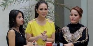 Ibu Vicky Prasetyo Senang Sering Masuk TV