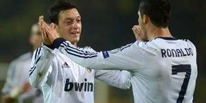 Mesut Ozil Dijual, Cristiano Ronaldo Marah