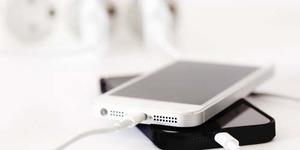 Cara Mudah Hemat Baterai iOS 7 ala 9Gag