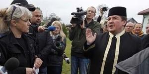 Pendukung Hak Asasi Binatang Polandia Protes Sembelih Hewan Kurban