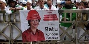 FPI Nobatkan Menkes Jadi Ratu Kondom