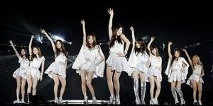 Girls Generation (SNSD) Tampil Seksi di Konser Marchen Fantasy