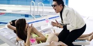Kalahkan Video Bugil Miley Cyrus, Psy 'Gentleman' Terpopuler di YouTube 2013