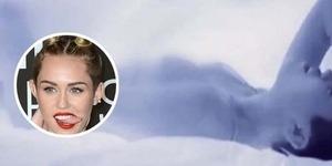 Miley Cyrus Masturbasi di Video Adore You