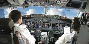 Pilot Mengaku UFO Nyaris Tabrak Pesawat