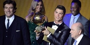 Cristiano Ronaldo Pemain Terbaik Dunia Ballon d'Or 2013