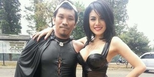 Tato dan Payudara Nikita Mirzani jadi Lawakan Bintang Comic 8