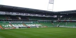 UFO Melintas di Atas Stadion Werder Bremen Jerman