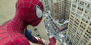 'Electromagnetic Spiderman Webshooter' Bisa Ubah Kamu Jadi Spider-Man Asli!