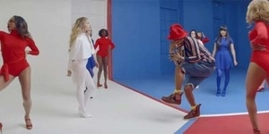 Pharrell Williams Dikelilingi Wanita-wanita Seksi di Video Marilyn Monroe