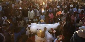 5 Ritual Pemakaman Menyeramkan di Dunia