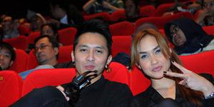 Foto Pre-Wedding Demian dan Sara Wijayanto
