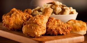 Makanan Dicampur Rambut Kemaluan, Karyawan KFC Dipecat
