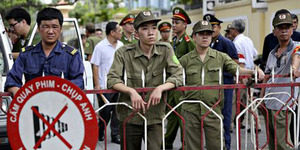 Protes Anti-China, Perempuan Vietnam Bakar Diri