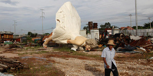Patung Marilyn Monroe Setinggi 26 Meter Dibuang ke China