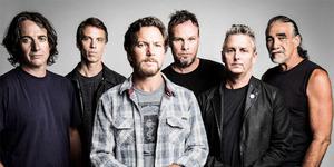 Aksi Pearl Jam Bawakan Let It Go (Soundtrack Frozen)