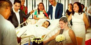 Video Pernikahan Romantis Penuh Haru Penderita Kanker Ganas