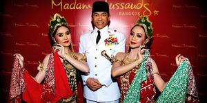 WOW! Presiden Soekarno Kembali 'Hidup' di Museum Madame Tussauds Hong Kong