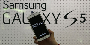 Gadis Ini Rela Ditembak Demi Pertahankan Samsung Galaxy S5