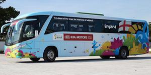 Gagal di Brasil, 4 Bus Tim Piala Dunia Dijual Online