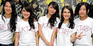 JKT48 Buka Konser Sistar dan A-Pink di Jakarta