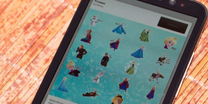 Stiker Karakter Lucu Frozen Hadir di BBM