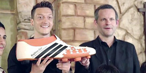 Mesut Ozil dan Argentina Donasikan Bonus Piala Dunia untuk Penderita Kanker