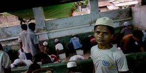 Muslim Myanmar Takut Sambangi Masjid saat Ramadan