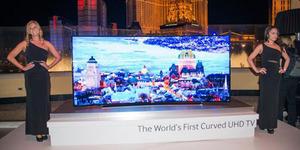 Dirilis Samsung Smart TV 105 Inci Rp 1,37 Miliar