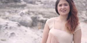 Heboh Video Marshanda Lepas Hijab